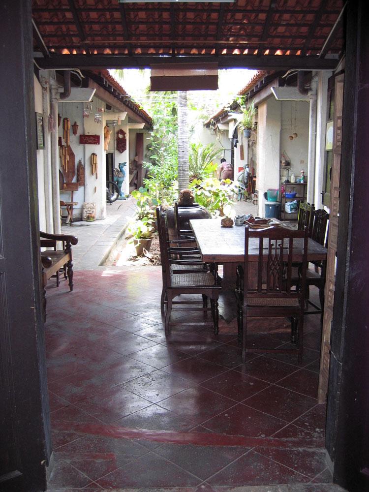 L 39 ancienne colonie de malacca malaisie un tour du monde for Interieur d une maison