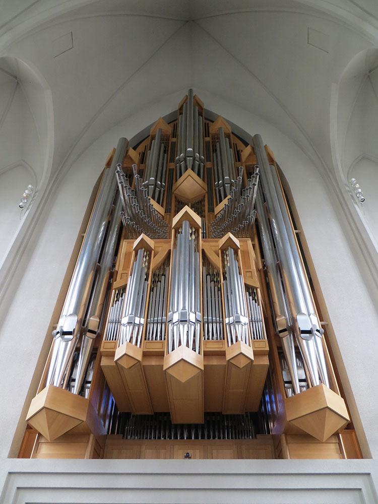 Orgue dans la cathédrale l'Hallgrimskirkja