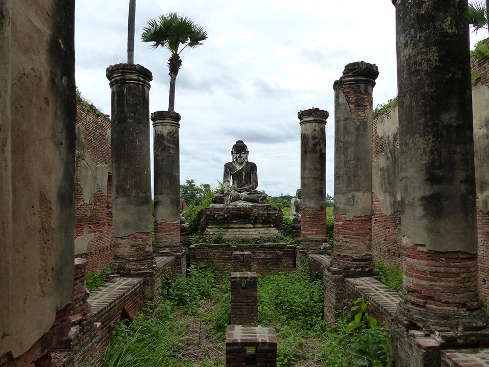 Ruines au Myanmar