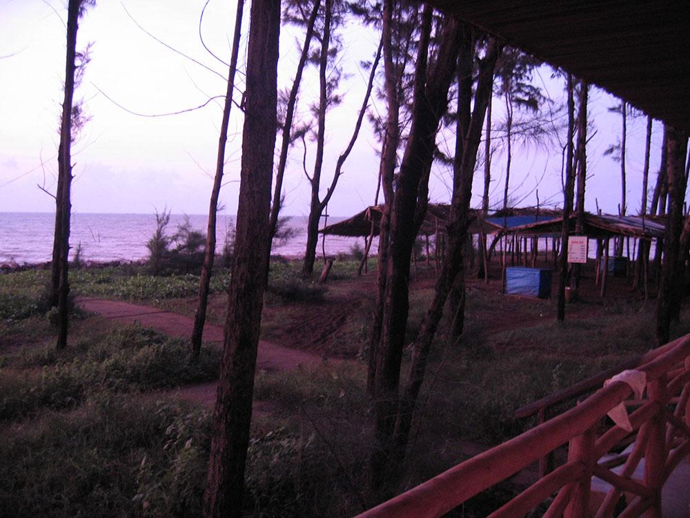 Ba Dong Beach Resort
