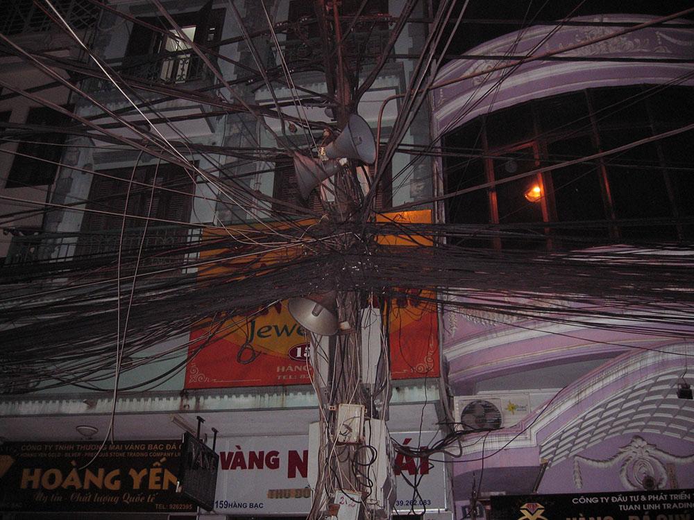 Nombreux fils électriques