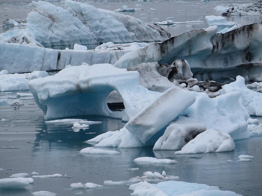 Iceberg troué