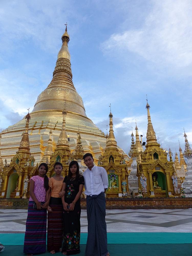 Population birmane
