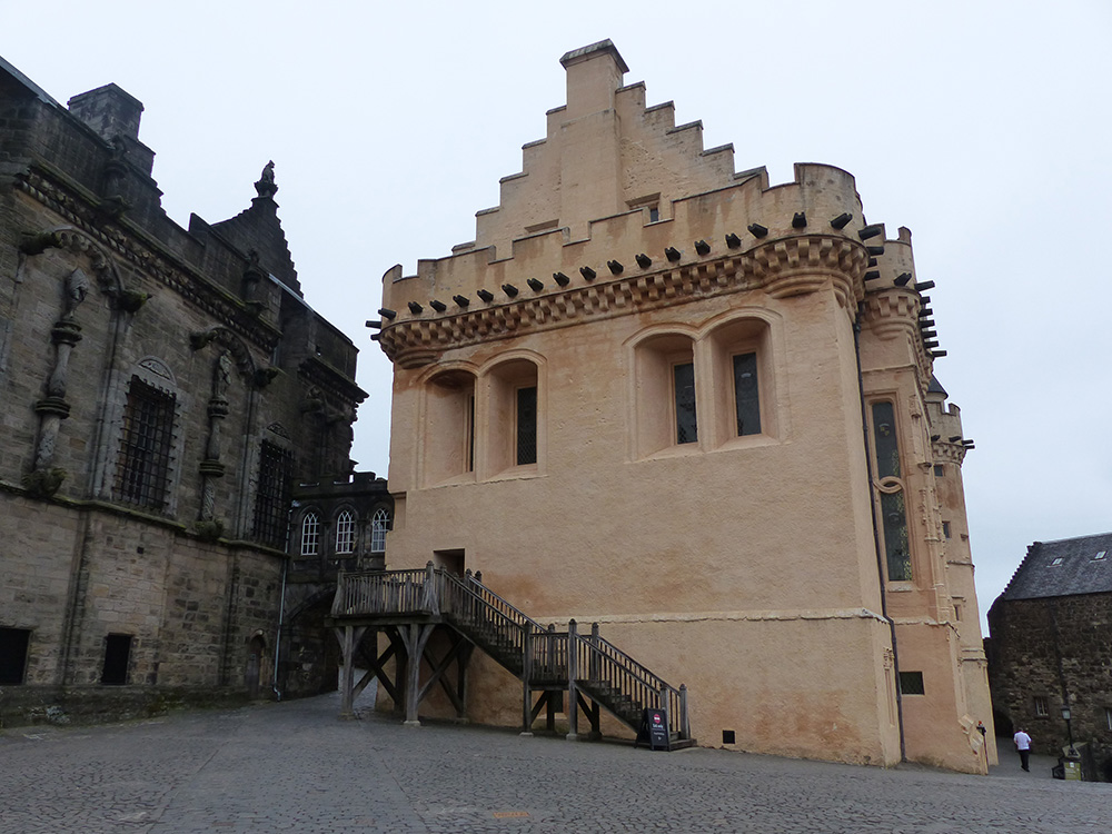 Intérieur de la cour du château