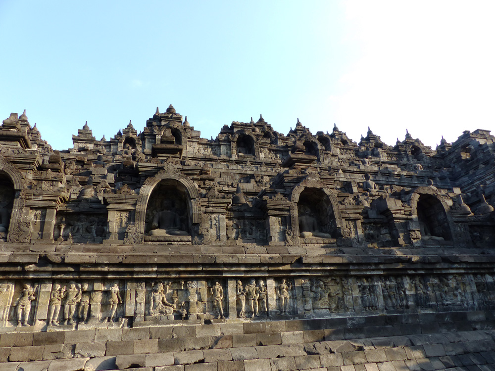 Sculptures temple de Borobudur